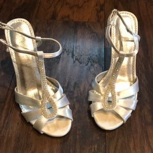 MichaelAngelo Bridal Wedges